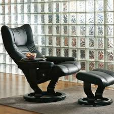 stressless wing recliner and ottoman classic base design quest