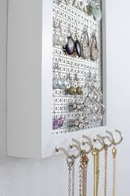 Jewelry Wall Hanger Best 20 Frame Jewelry Organizer Ideas On Pinterest Diy Jewelry