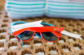 wedding favor sunglasses 8 summer wedding favors that are totally adorable