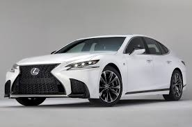 lexus make payment lexus exec sedans must evolve to survive motor trend
