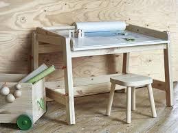 bureau dessinateur bureau dessin enfant petit bureau naturel blanc oxybul pour enfant