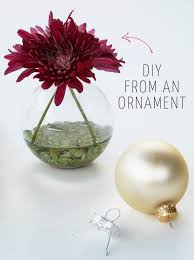 5 minute diy hanging vases from ornaments