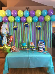 Buzz Lightyear Centerpieces by Best 25 Toy Story Buzz Lightyear Ideas On Pinterest Toy Story