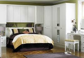 Fitted Bedroom Designs Basic Guides For Do It Yourself Fitted Bedrooms To Many