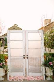 wedding backdrop doors 10 fast diy wedding backdrop ideas the wedding spot