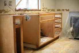 Painting Oak Kitchen Cabinets by Kitchen Makeover Painting Oak Cabinets Step By Step And New