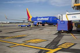 Kentucky travel flights images Midwest growth southwest airlines lands at cincinnati northern jpg