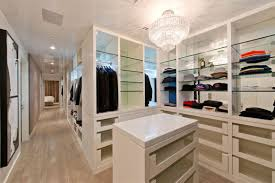 bedroom idea for master bedroom with small walk in closet