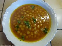 cuisiner pois chiches soupe de pois chiches au cumin recette iterroir
