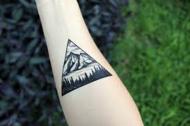 this company sells realistic mountain tattoos that y