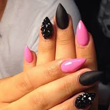 black claws pin by on ᏀᏋᎢ ᏁᎯᎥᏝᏋᎠ