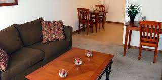 2 Bedroom Apartments In Champaign Il Town And Country Apartments In Urbana Il