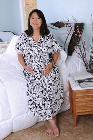 hot momma gowns new organic hospital gowns for to be earth divas
