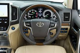 land cruiser 2015 2017 toyota landcruiser 200 review whichcar