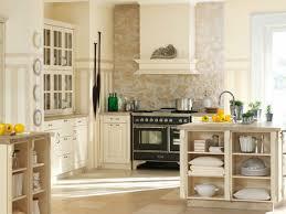 küche möbel mediterrane küchenmöbel leichte sommerliche einrichtung