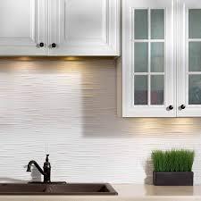 fasade backsplash waves in matte white