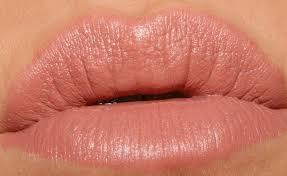 Lipstik Revlon Soft wedding lipstick color