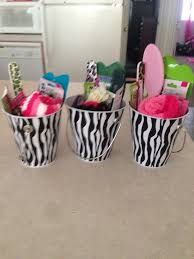 cheap baby shower prizes cheap baby shower prizes ideas ba shower prize ideas for