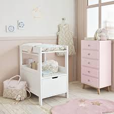 patère chambre bébé 20 astuces pour aménager une chambre bébé pratique déco