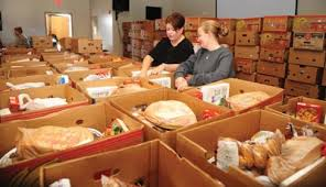 thanksgiving hundreds grateful for food donations the daily