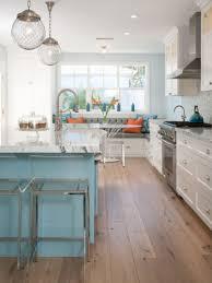 beach cottage kitchen cabinets best 25 beach cottage kitchens beach cottage kitchen cabinets tehranway decoration