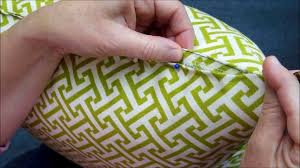 How To Blind Stitch By Hand How To Hand Sew A Pillow Closed Youtube