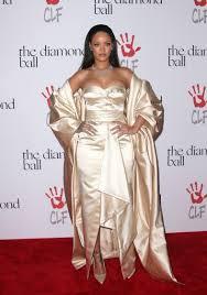 rihanna dazzles in gold at her 2nd annual diamond ball rihanna