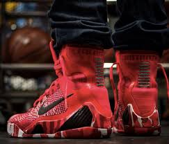 christmas kobes how the nike 9 christmas looks on theshoegame