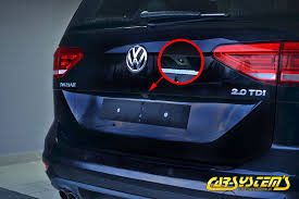 new vw touran high line rear view with guidance lines