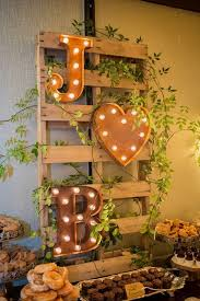fall wedding decorations 15 simple diy fall wedding decorations