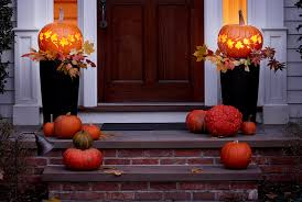 light up pumpkins for halloween how to make pumpkin lanterns halloween ideas