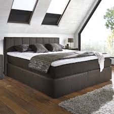 Schlafzimmer Creme Braun Modern Schlafzimmer Modern Braun Boxspringbett Auf Braun Ruaway Com