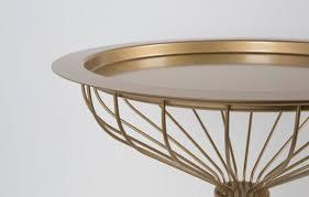 beistelltische zuiver beistelltisch kelly tray mit tablet in gold von zuiver