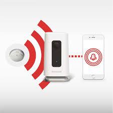 Amazon Com Honeywell Lyric C1 Indoor Wi Fi Security Camera