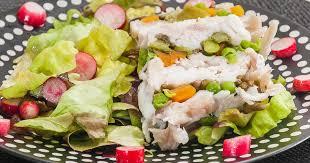 cuisiner une raie terrine facile de raie aux carottes petits pois asperges vertes