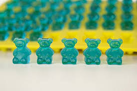 professional grade pure lfgb silicone gummy bear mold by the