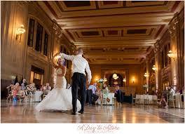 wedding photographers kansas city union station kansas city wedding photography
