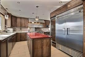 cuisine moderne bois massif cuisine moderne projet repentigny armoire de cuisine bois