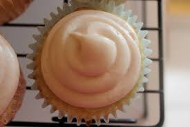 guava u0026 cream cheese cupcakes ashley pardo