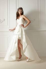 brautkleid vorne kurz hinten lang kurz hinten lang bodenlanges modern legeres brautkleid