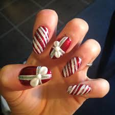 nail art 3d christmas candy cane and presents with white bows oh