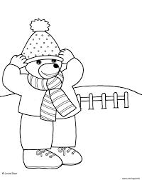 Coloriage Petit Ours Brun Enfile Son Bonnet Page 001 dessin