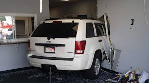 jeep varsity police suv drives into acushnet chiropractic office news