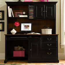 place a desk with a hutch and a wing in a room