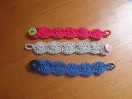 crochet bracelet diy images 25 free crochet bracelet patterns for beginners patterns hub jpg