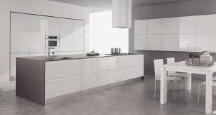 cuisine blanche carrelage gris carrelage gris cuisine avec cuisine gris anthracite 56 id es pour