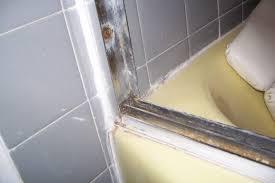 Best Caulk For Bathtub Diy How To Remove Shower Doors From A Bathtub An Easy Step By
