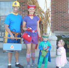 Family Of Four Halloween Costumes by Crafting My Happy Life Happy Halloween