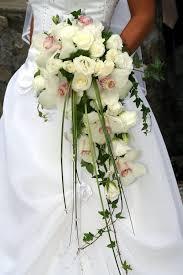 fleurs mariage bouquet mariée tombant et blanc recherche fleurs