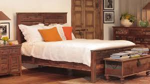 Reclaimed Wood Platform Bed Reclaimed Wood Platform Bed Mirror Door Closet Gray Rug White